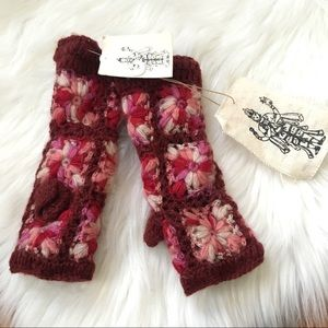 Nirvanna Designs Crochet Floral Fingerless Gloves